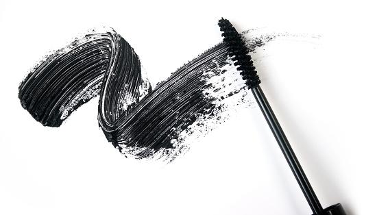 Smear of make-up (mascara)