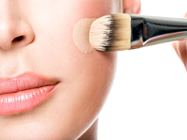 How-to-Use-a-Foundation-Brush